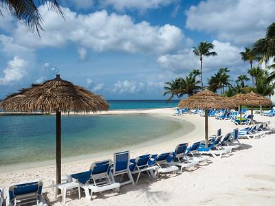 Renaissance Aruba Ocean Suites beach