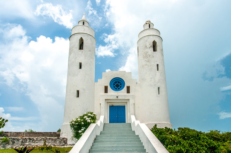 A big white church in Long Island, Bahamas