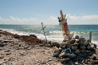 A makeshift sign on the beach of Bonaire