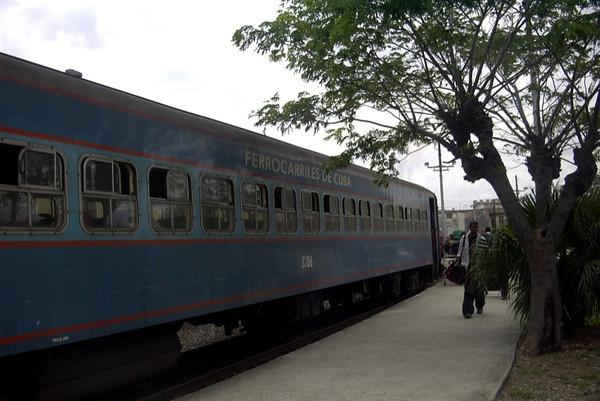 Train - Guantanamo, Cuba
