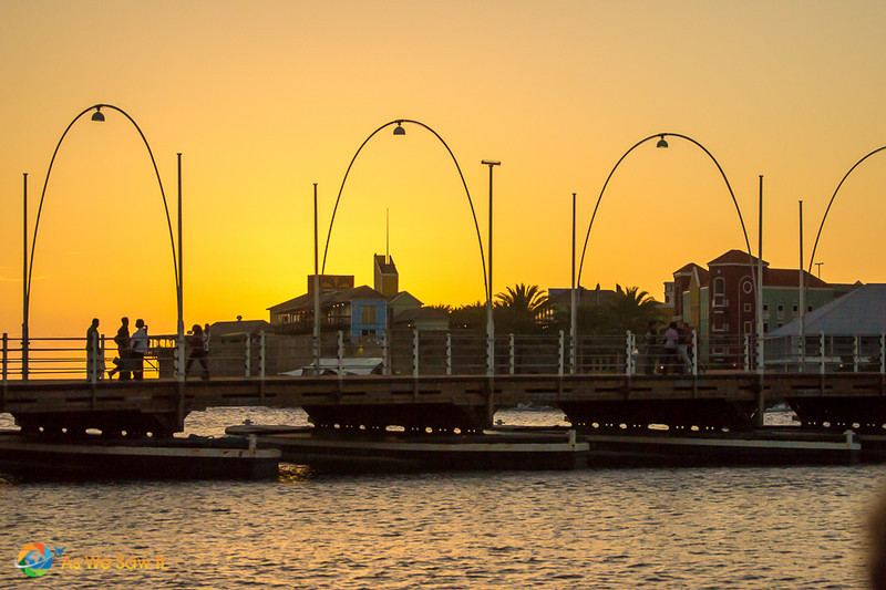 Curacao pontoon bridge at sunset