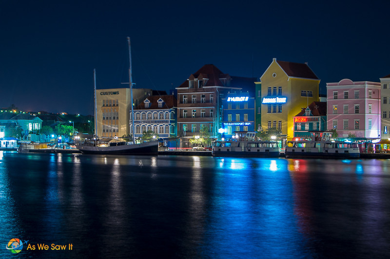 Willemstad after dark