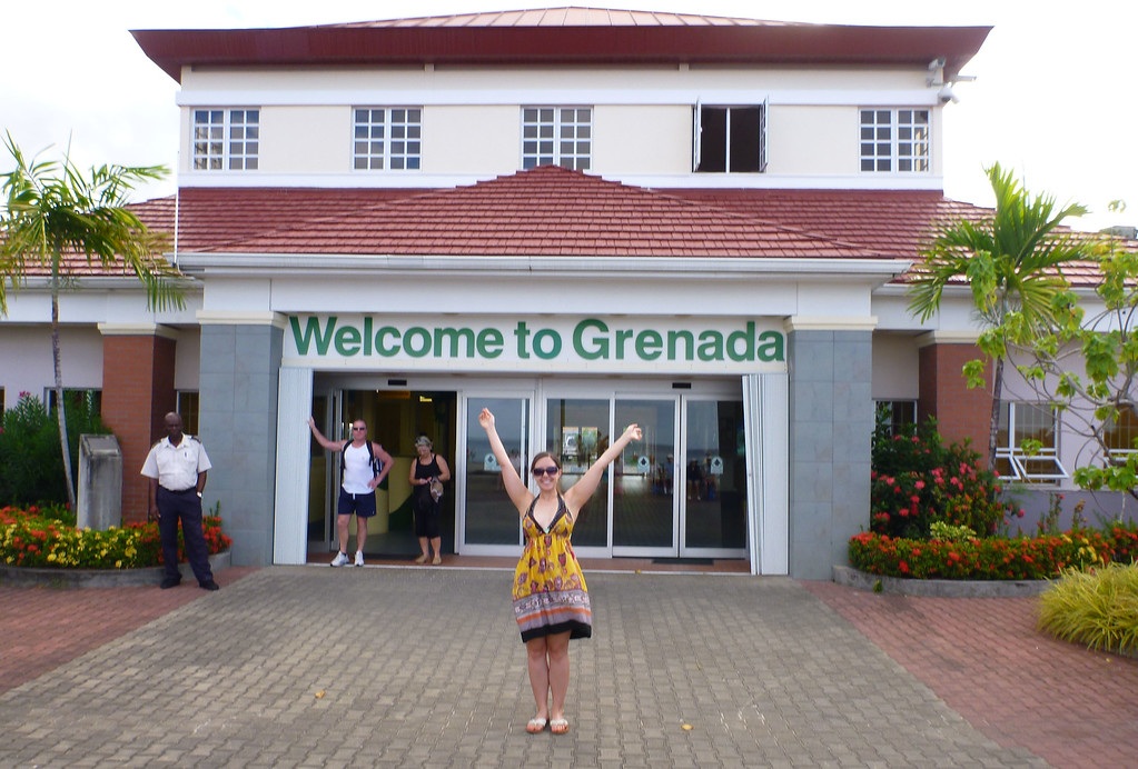 Welcome to Grenada sign at the cruise port