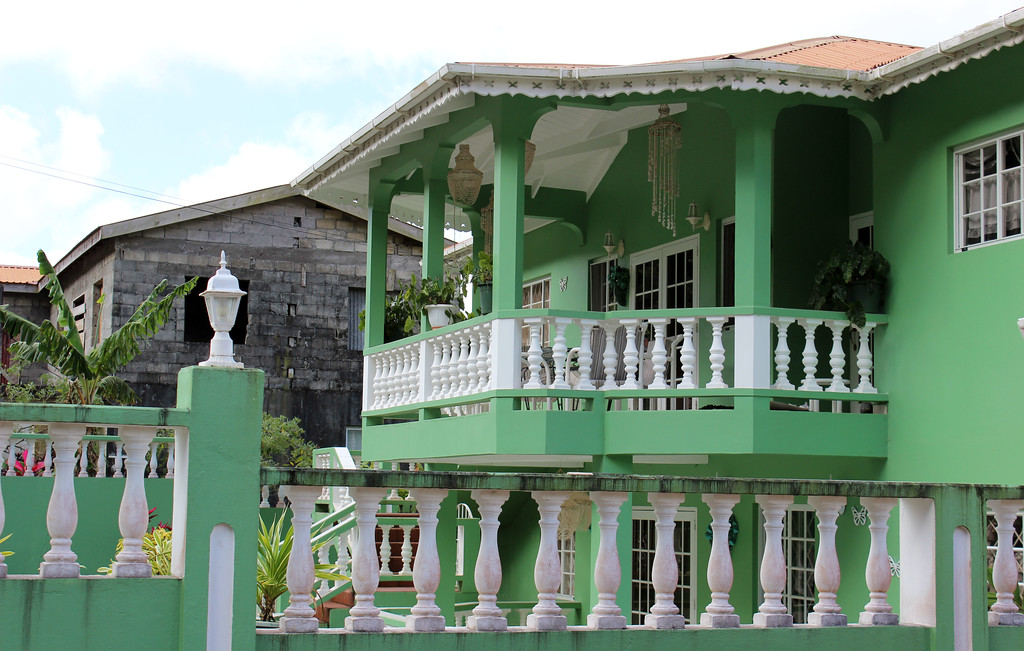 Pretty green home in Grenada
