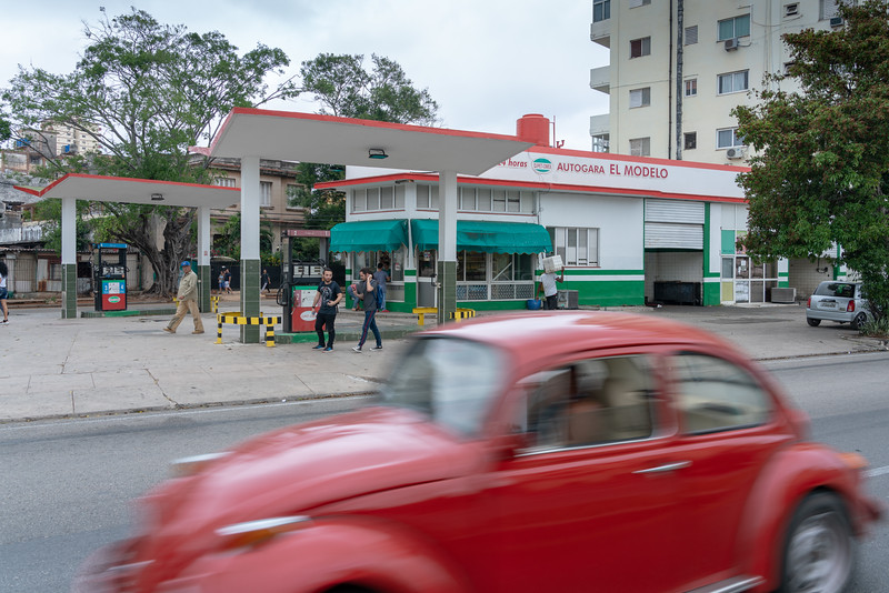 Vedado gas station.