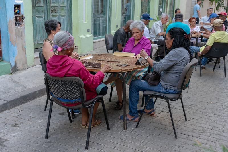 Old folks playing dominos, Habana Vieja.