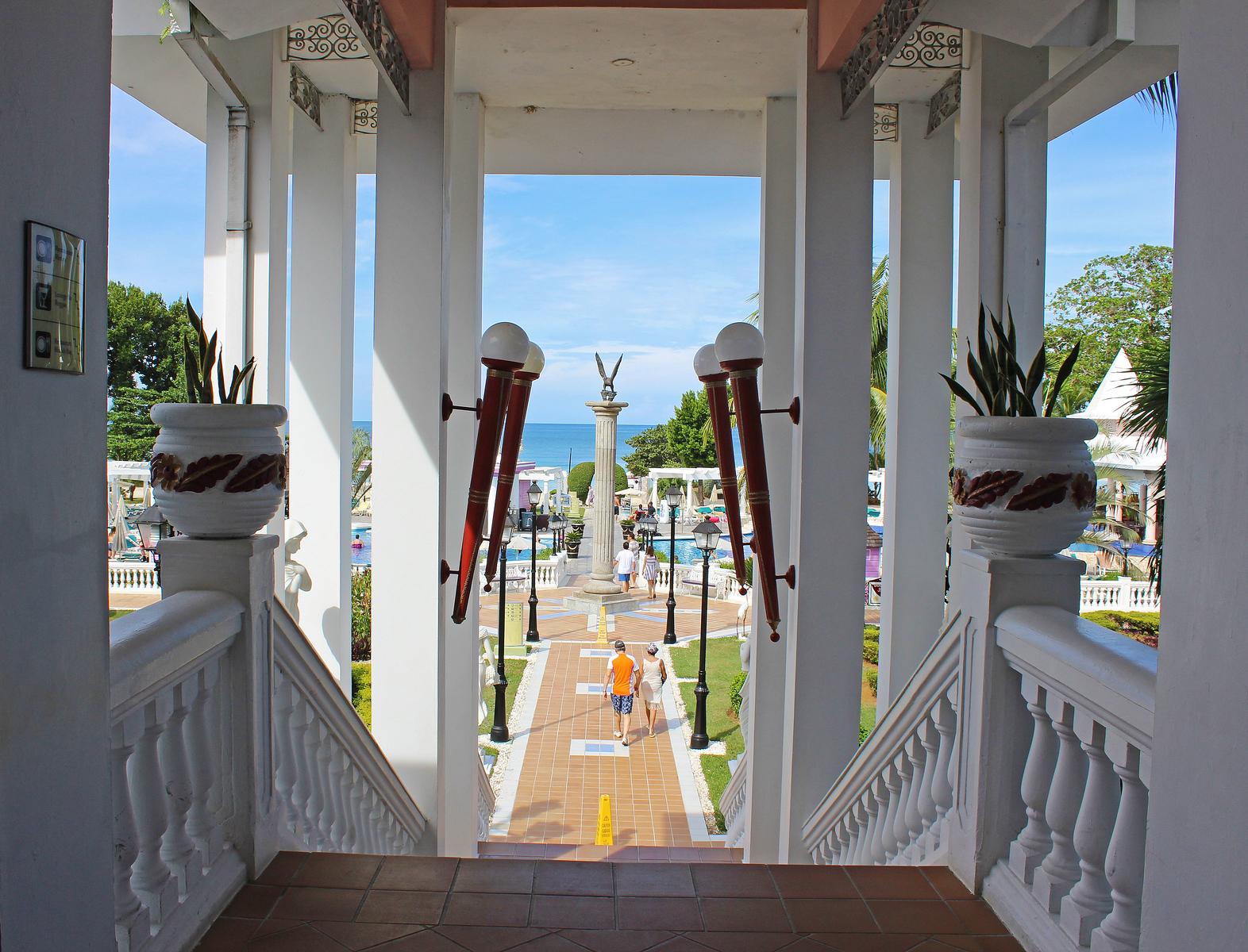 Riu Palace Tropical Bay Negril Jamaica: Steps leading down to the pools