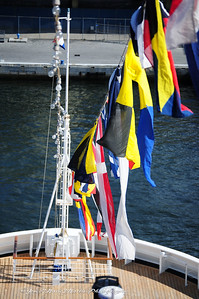 Dress flags for embarktation day