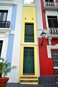 La Casca Estrecha in Old San Juan, Puerto Rico, is 5 feet wide on the inside and has two stories that stretch back 36 feet.
