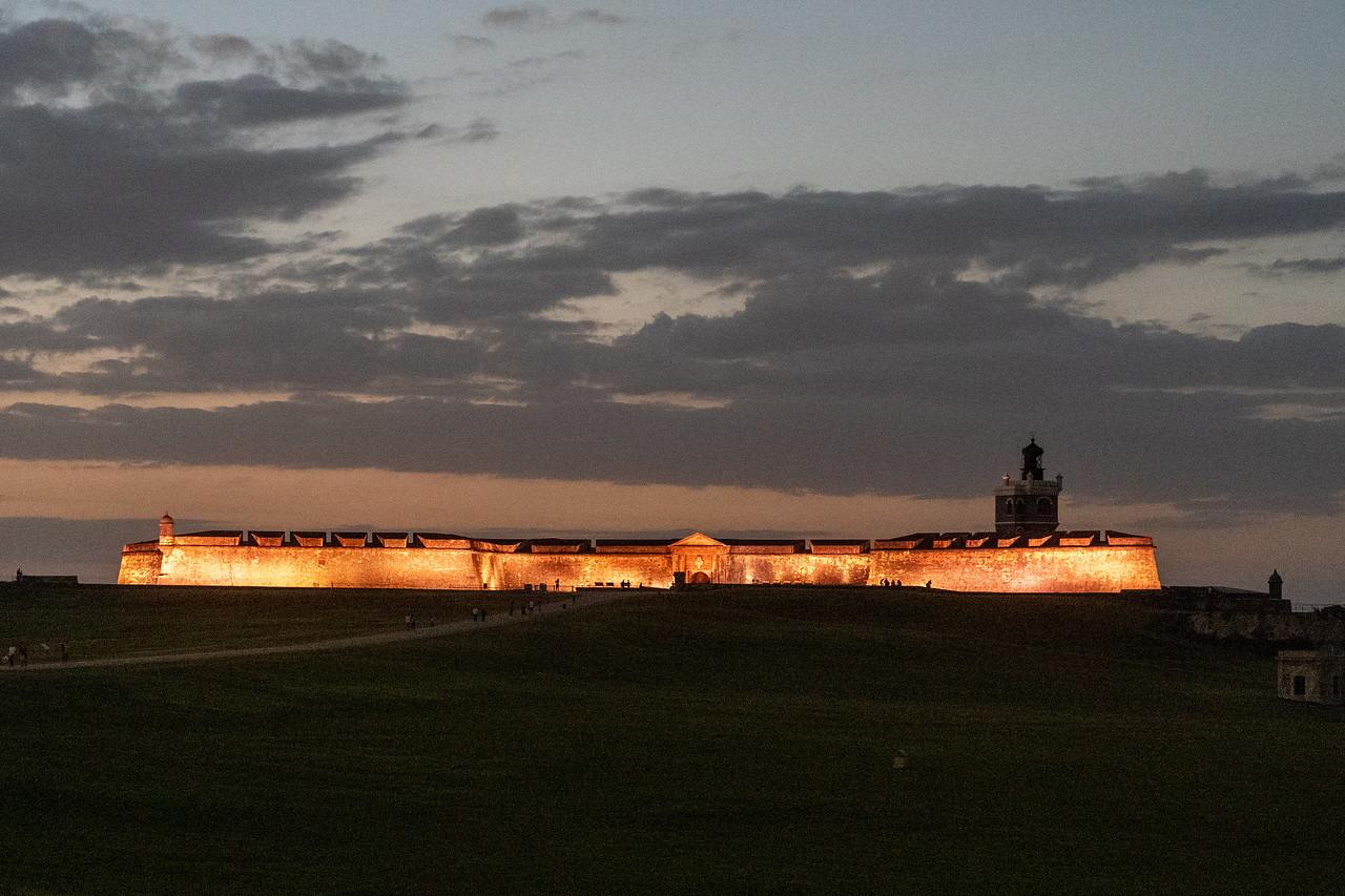Castillo San Felipe del Morro at dusk