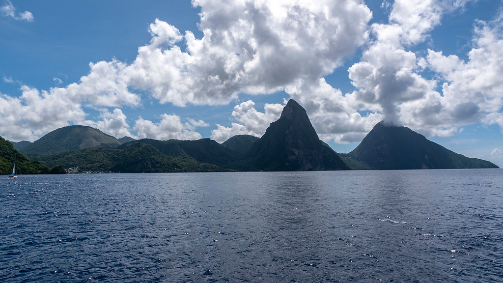 St Lucia Points of Interest: The Pitons - Things to do in St Lucia