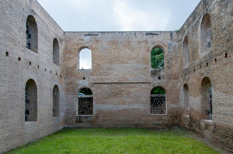 Ruins of De Graaff's estate 'Graavindal' on St. Eustatius