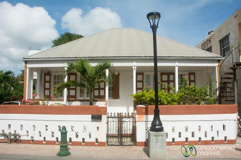 Back Street Philipsburg - St. Maarten