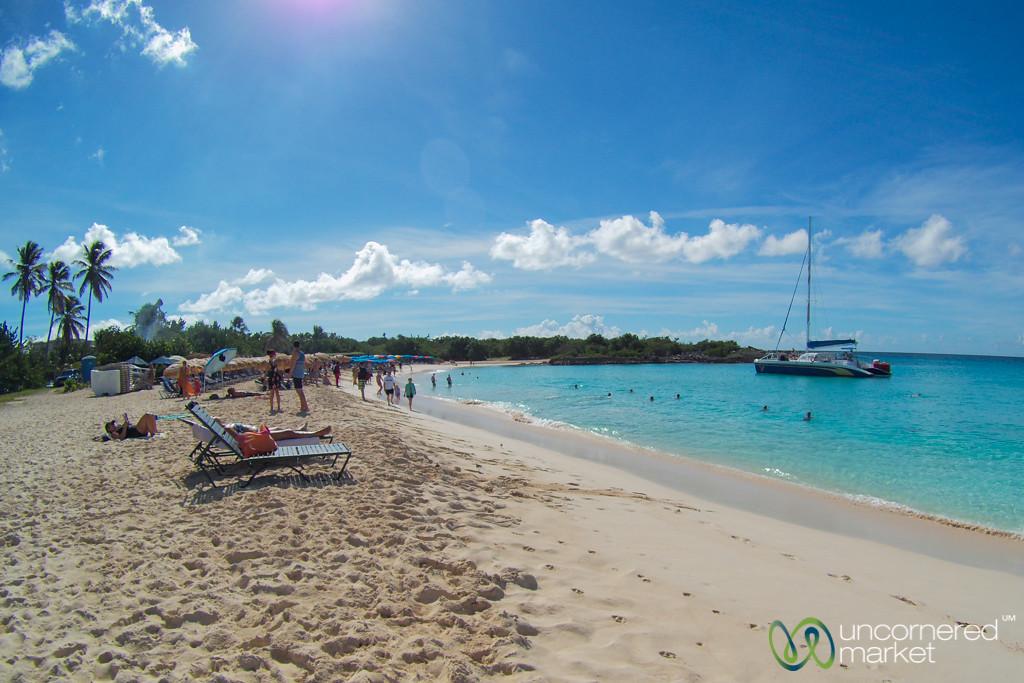 Mullet Bay Beach - St. Maarten