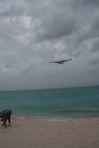 Airplane about to land in Princess Juliana International Airport in St. Martin