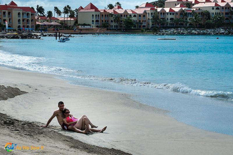 2 people on a St Maarten beach