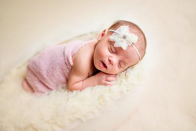 Carlee Newborn-86