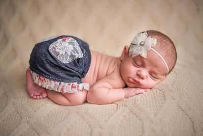 Carlee Newborn-99