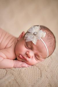 Carlee Newborn-100