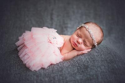 Carlee Newborn-91