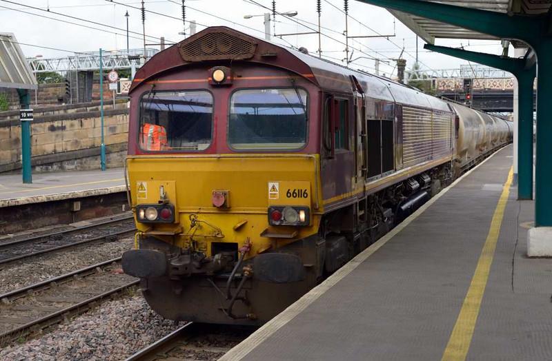 66116, 4M00, Carlisle Citadel, Wed 6 July 2016 - 0901 1.  DB Cargo's 0708 Mossend - Clitheroe Castle Cement empties passes platform 4.