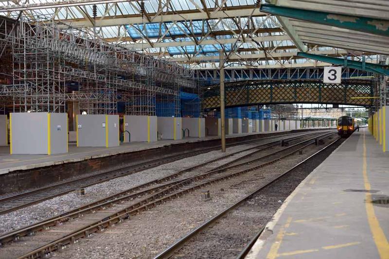 Station upgrade, Carlisle Citadel, Wed 6 July 3. Looking south.