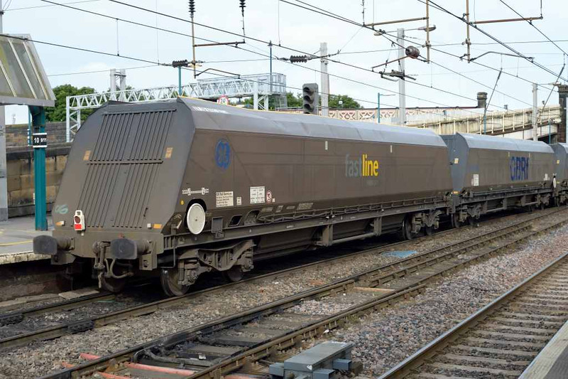 66703 Domcasster PSB 1981 - 2002, 4S84, Carlisle Citadel, Wed 6 July 2016 - 0840 2.  The GBRf train included several former FastLine IIA wagons.