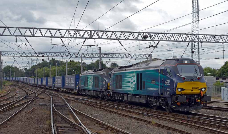 68020 Reliance & 68004 Rapid, 4S43, Carlisle Citadel, Wed 6 July 2016 - 1029 1.  DRS's 0616 Daventry - Mossend Tesco Express.
