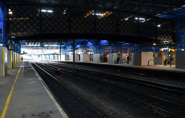 Roof replacement, Carlisle, Wed 1 March 2017 5.  Looking north along platform 3.