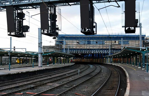 Roof replacement, Carlisle, Wed 1 March 2017 3.  Looking north along platform 4.