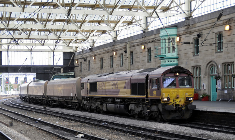 66089, 4S62, Carlisle, Fri 14 September 2012 - 1554.  DB Schenker's 1127 Milford - Settle - New Cumnock empty coal.