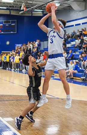 Bob Panick-20-01-28-BJ4A06652-Boys Basketball Carlson vs Taylor-85297