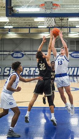 Bob Panick-20-01-28-BJ4A06652-Boys Basketball Carlson vs Taylor-85302