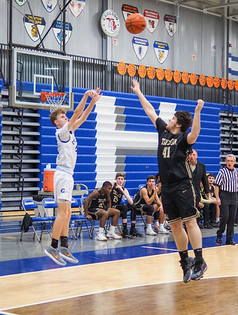 Bob Panick-20-01-28-BJ4A06652-Boys Basketball Carlson vs Taylor-85266