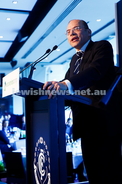 7-8-16. David Mond speaking at the first ever kosher Carlton Football Club President's lunch.  More than 500 people were at the MCG lunch prior to the Carlton V St Kilda match. Photo: Peter Haskin