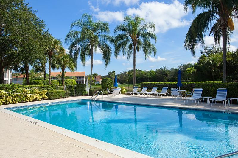 Carlton Lakes Pool