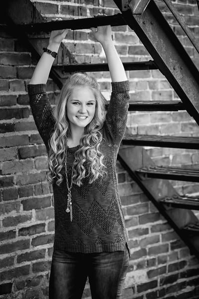 Carly-Senior14-BW
