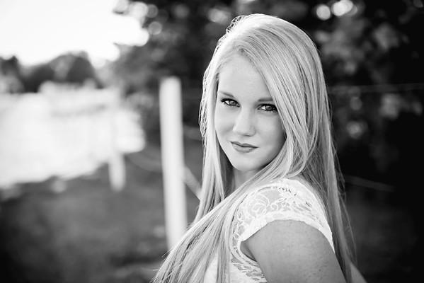 Carly-Senior01-BW