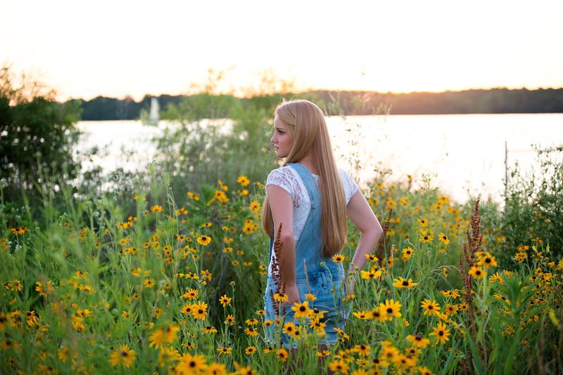 Carly-Senior10