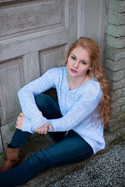 Carly-Senior23