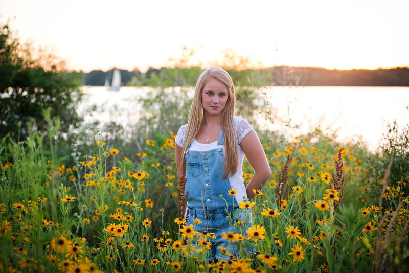 Carly-Senior09