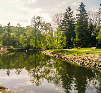 2014-05-27_Edward_Gardens_002