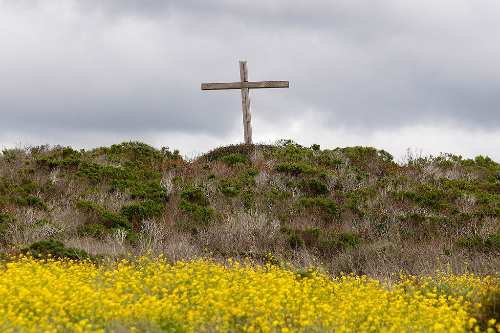 . The Crespi Cross at Carmel River State Beach on Wednesday, March 21, 2018.  (Vern Fisher - Monterey Herald)