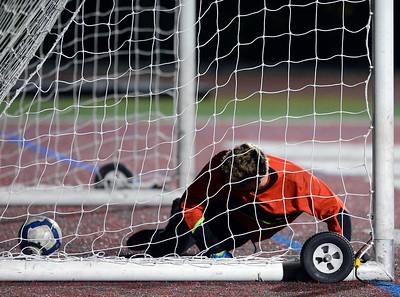 Carmel vs Monterey boys soccer 120816