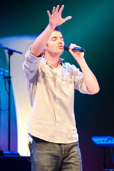 Worship.  Photos by Shayre Rivotto