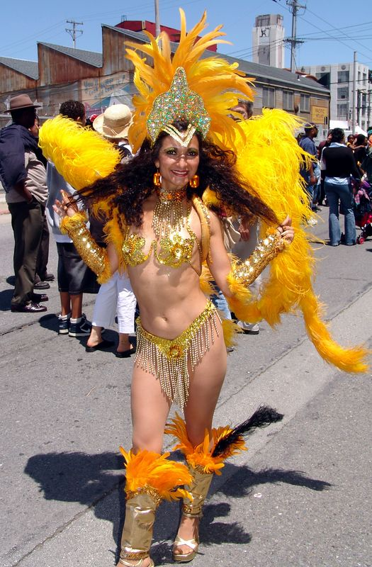 Carnaval S.F. Parade 2005 Single or Group Participant Photos