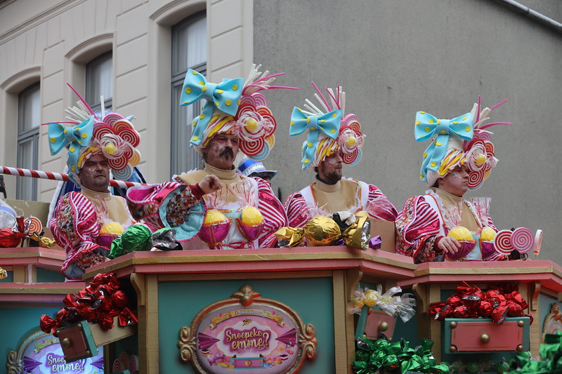 Carnavalstoet Steendorp - K.V. NABUKODONOSOR - SNOEPEKE EMME?