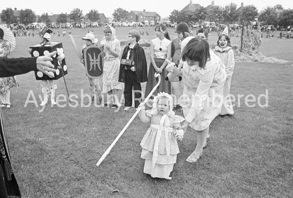 Carnival in Edinburgh Playing Field, July 1980