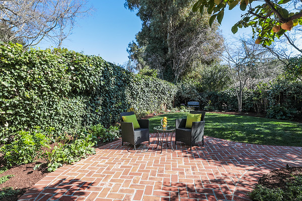 145 El Monte Ct Los Altos | With Jeff Stricker