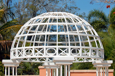 I bet many couples have promised their hearts to one another under this outdoor wedding gazebo.